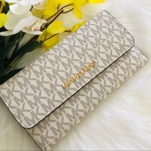 MICHAEL KORS LARGE TRIFOLD WALLET VANILLA LEATHER